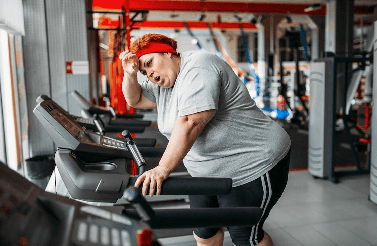 Fat Woman On Treadmill